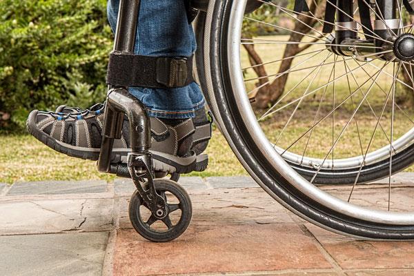 autoscuola e disabilità: modulo richiesta patente speciale