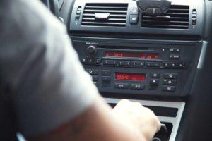 Auto con cambio manuale o automatico: quale scegliere